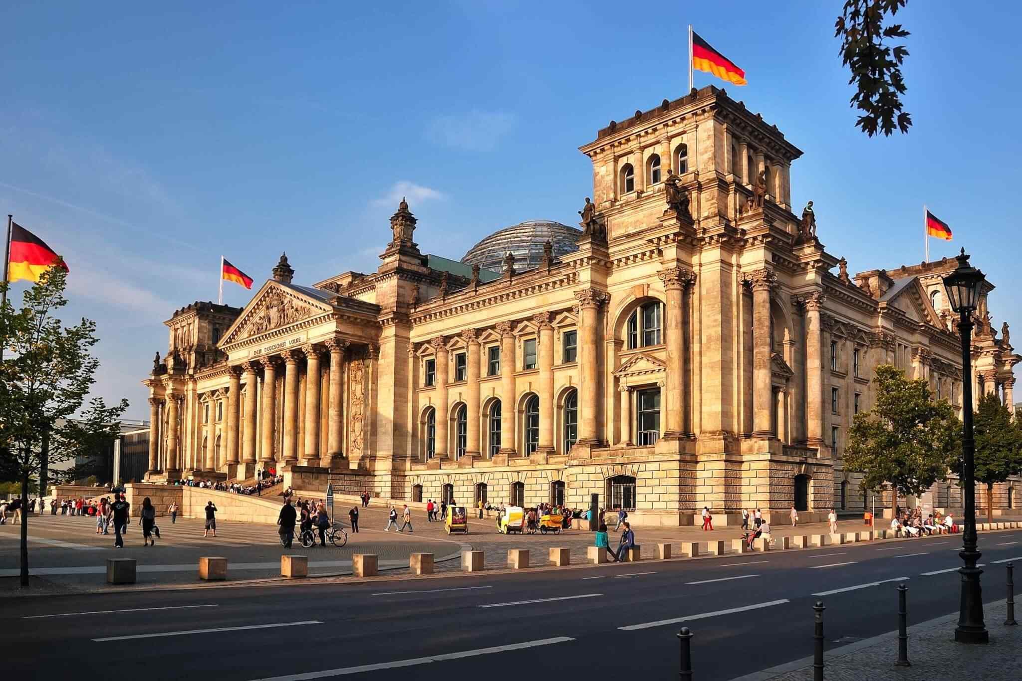 https://goiwv.com/wp-content/uploads/2018/09/destination-berlin-01.jpg